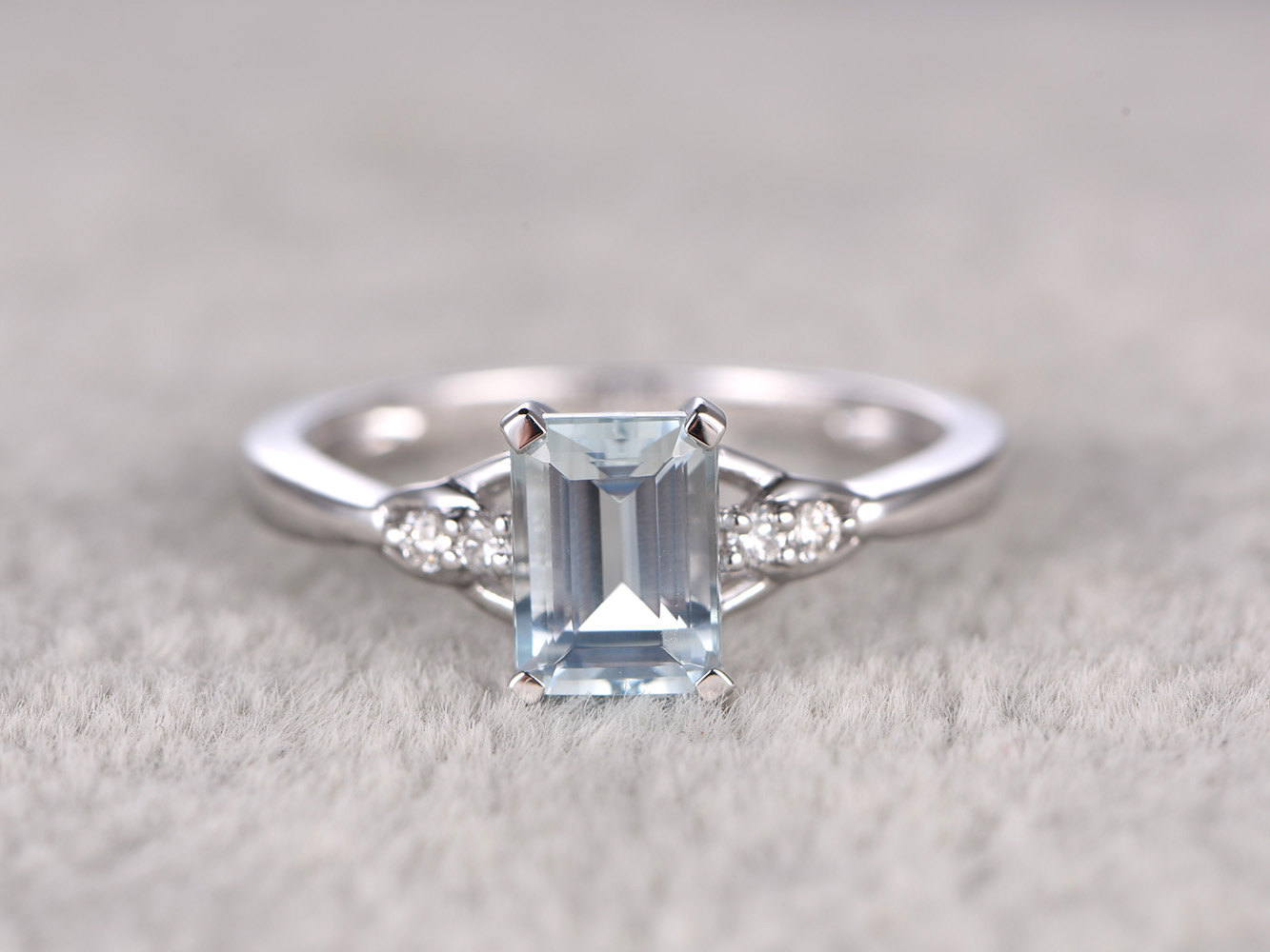 1ct Emerald Cut Natural Aquamarine Diamond 14k Gold