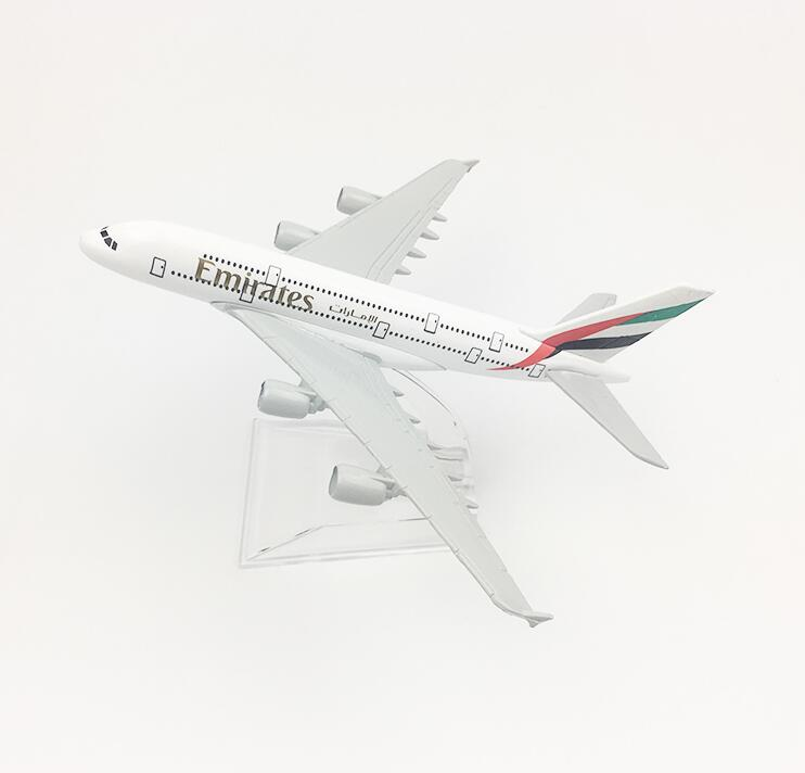 Brand New Airbus380 Emirates Airlines A-380 Aircraft Aeroplan 16cm Diecast Model