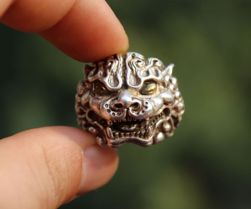 Chinese Miao Jewelry Silver Handwork Flexible Caliber Foo Dog Lion Finger Ring