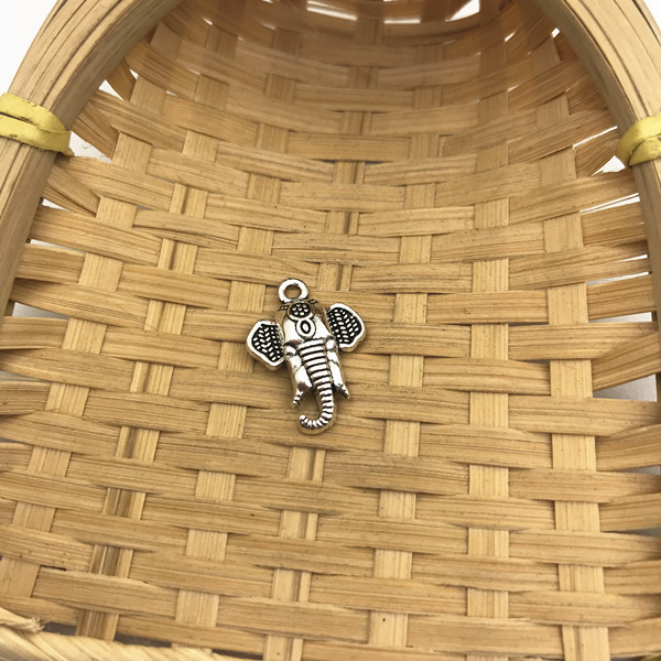 4 pcs Tibet silver Elephant Charms 20x19mm DIY Jewellery Making crafts