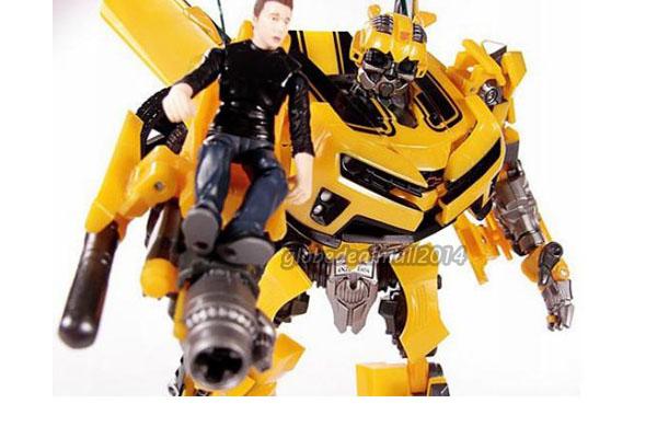 Transformers transforming bumblebee roboter auto action
