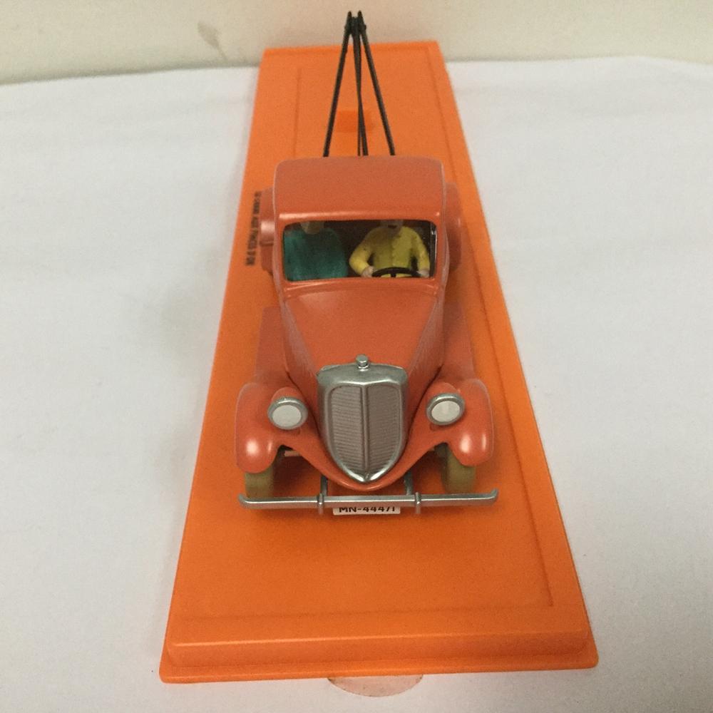 TINTIN 1//43 ATLAS Les Cigares du Pharaon 1955 L/'ambulance de l/'asile CAR MODEL