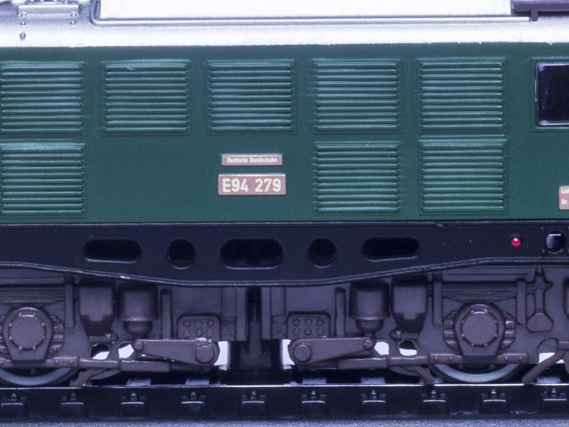 Herpa 1:87 H0 MB Mercedes 207 D Bus MTW Polizei grün weiß neutral Modell