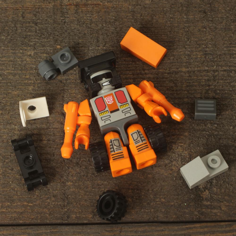 Hasbro Kre-o Transformers Kreo Minifigure Autobot Kreon Micro Changers 21 Pieces