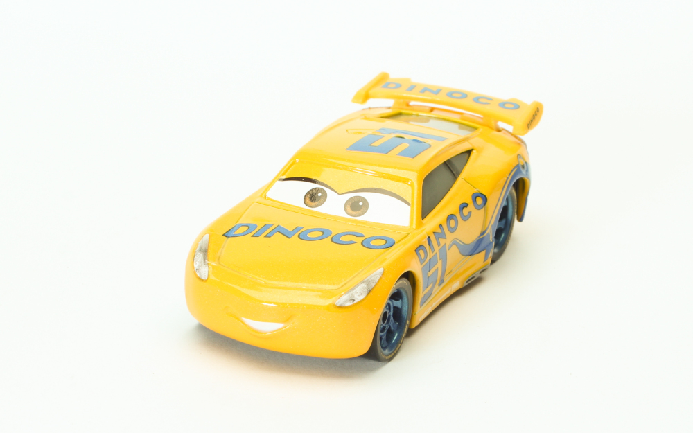 voiture mattel disney pixar cars 3 racer dinoco cruz ramirez ebay. Black Bedroom Furniture Sets. Home Design Ideas