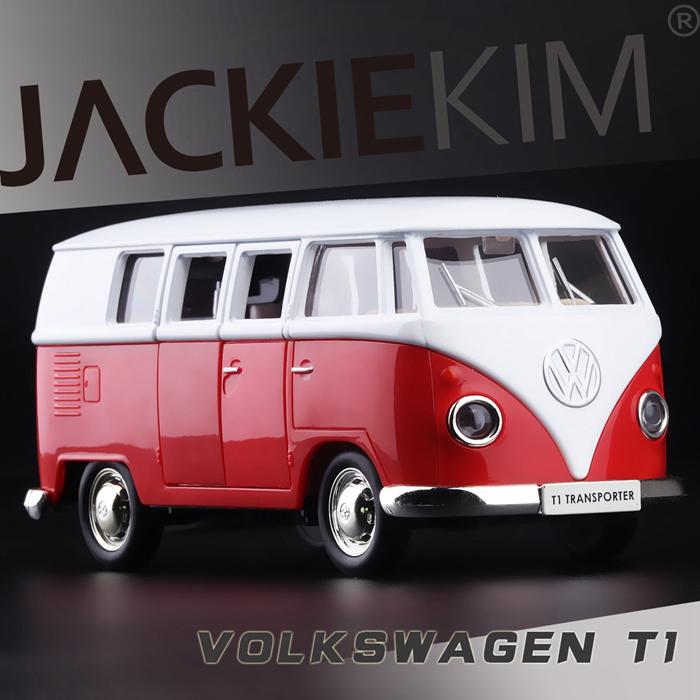 Red 1/43 Volkswagen VW 1962 T1 Transporter Van Samba