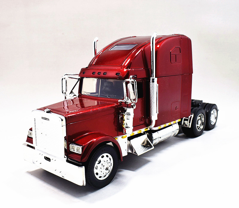 CAMION MINIATURE 1//32 FREIGHTLINER