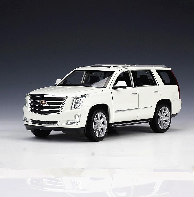 1 24 Welly 2017 Cadillac Escalade Metal Cast Model Car Toy White
