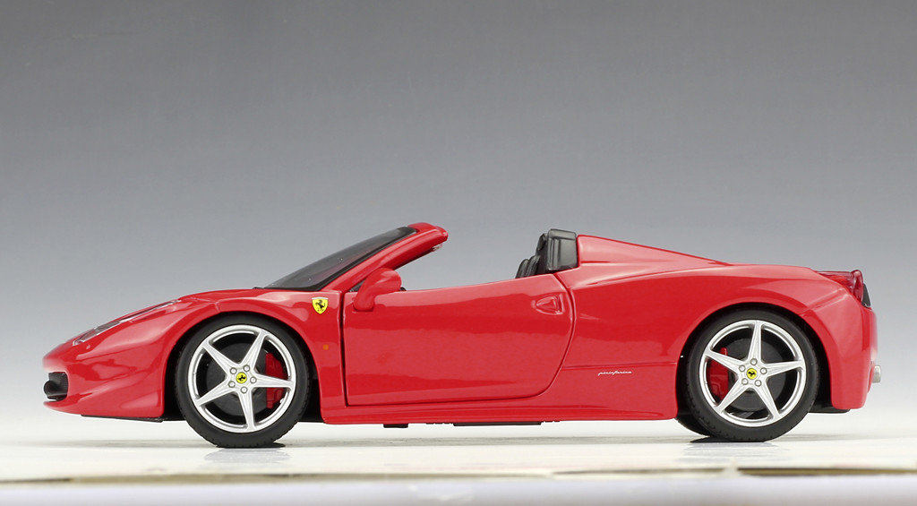 Bburago 1:24 Ferrari 458 Spider roadster Diecast Metal Model Car New In Box