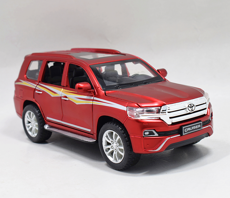 Details about Toyota Land Cruiser V8 Diecast Model Car Sound Light Pullback  New no Box