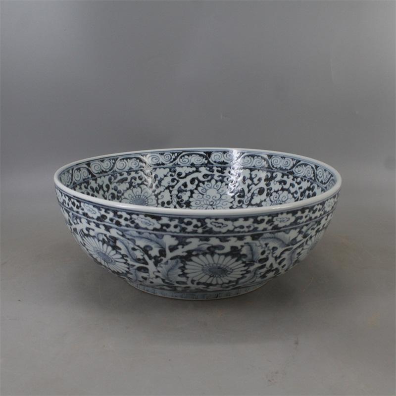 China antique Porcelain famille rose hand painting Plum blossom sancai lid cup