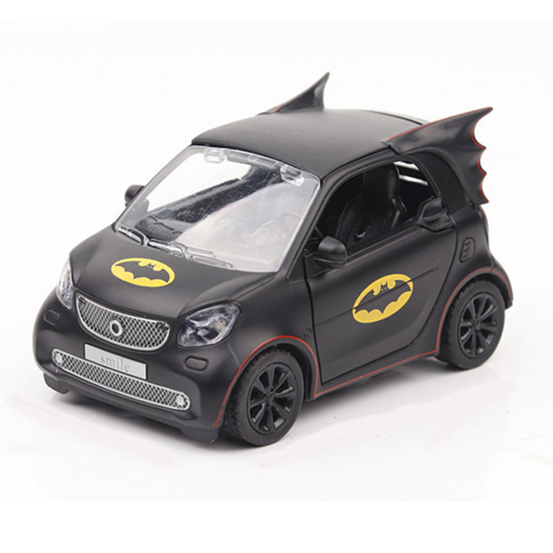 1 28 Batman Pattern Smart Fortwo Car Model Alloy Cast Black Gift Collection