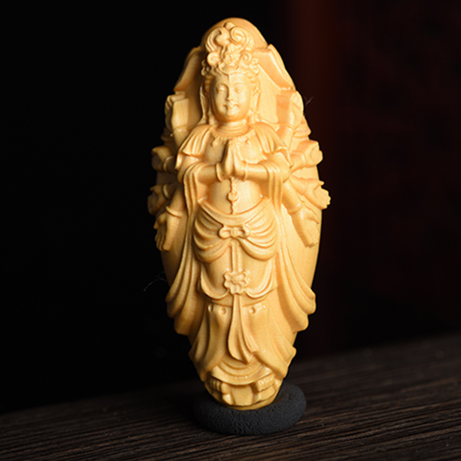 Box-Wood Carving Chinese Ksitigarbha Dizang Buddha Hand Statue Beads Car Pendant