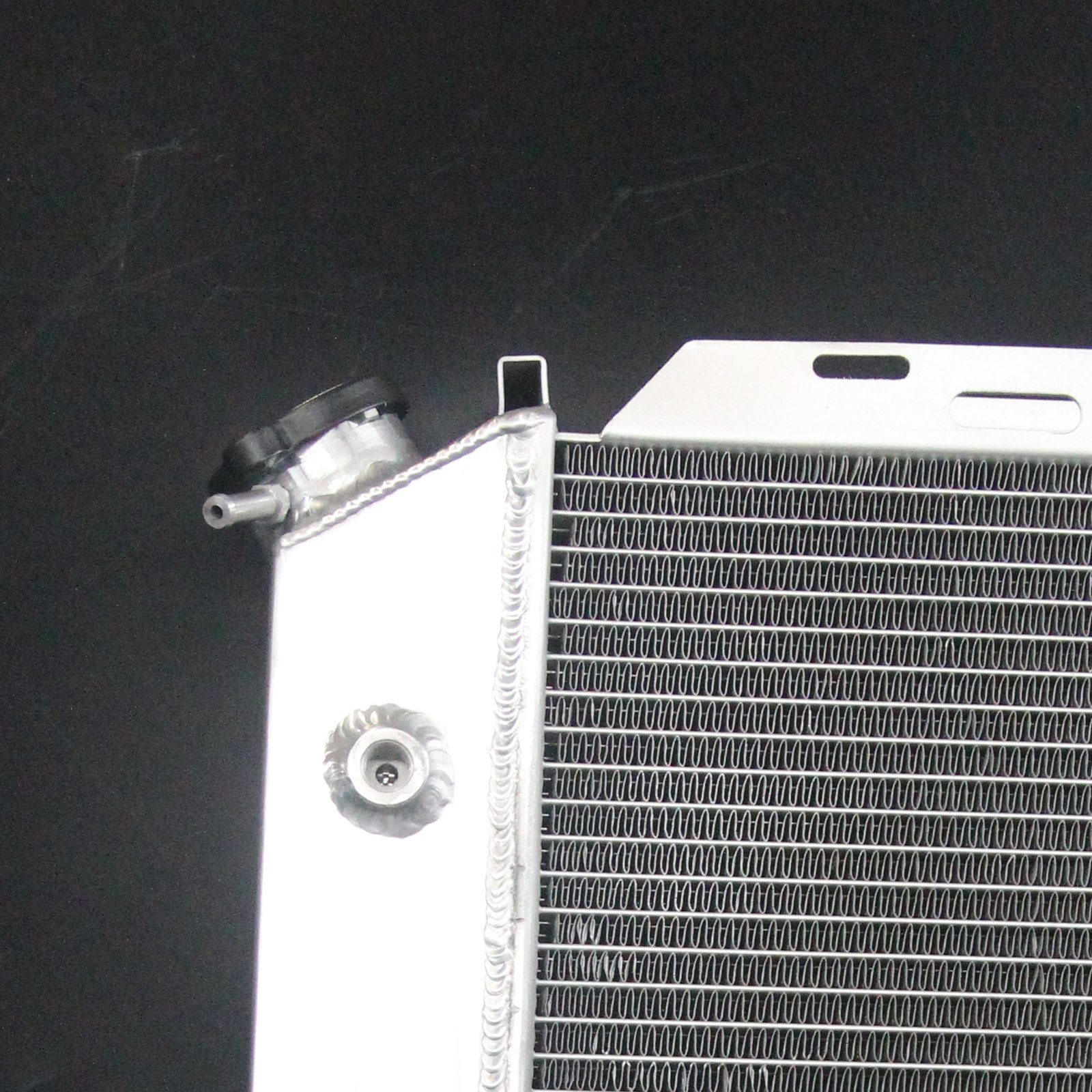 Speedcooling 3 Row Aluminum Radiator For Ford Mustang 1980-1993 See Description
