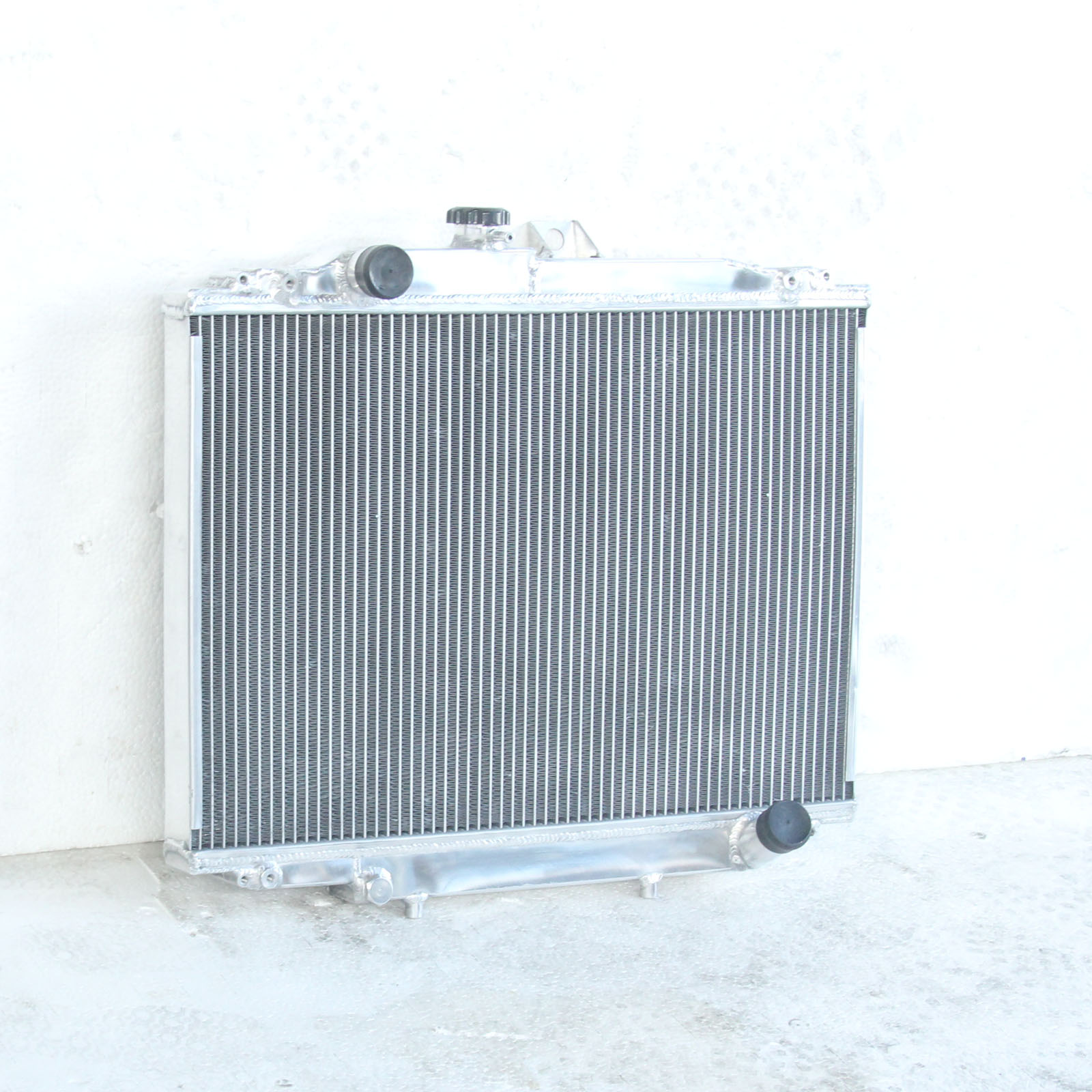 Aluminum Radiator For Mitsubishi L300 Express 1986-2005 Manual ...